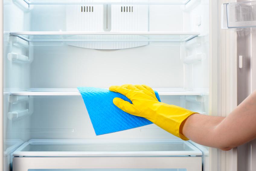 ¡8 pasos para con los que dejar el frigorífico como la patena!