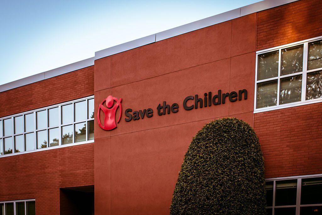 Donación de Palacios a Save The Children