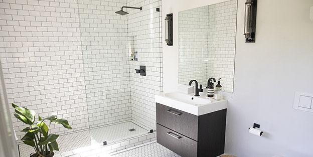 Cómo limpiar la ducha y dejarla como nueva