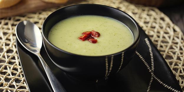 Crema de verduras con chorizo