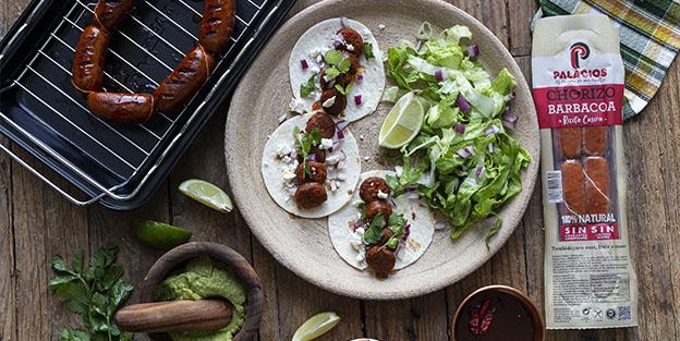 Tacos mexicanos con chorizo